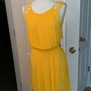 Canary yellow pleated Jessica Simpson summer dress